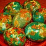 Как красиво покрасить (украсить) яйца на Пасху 2020 года. Покраска пасхальных яиц в домашних условиях