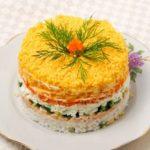 Салат Мимоза — классические рецепты приготовления с рыбными консервами