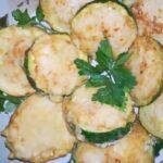 Кабачки жареные на сковороде — быстро и вкусно